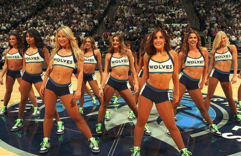 Timberwolves cheerleaders
